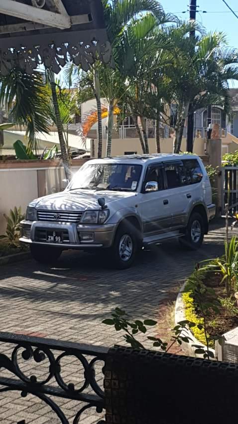 Prado Toyota SUV