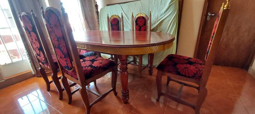 Bois massif dining table