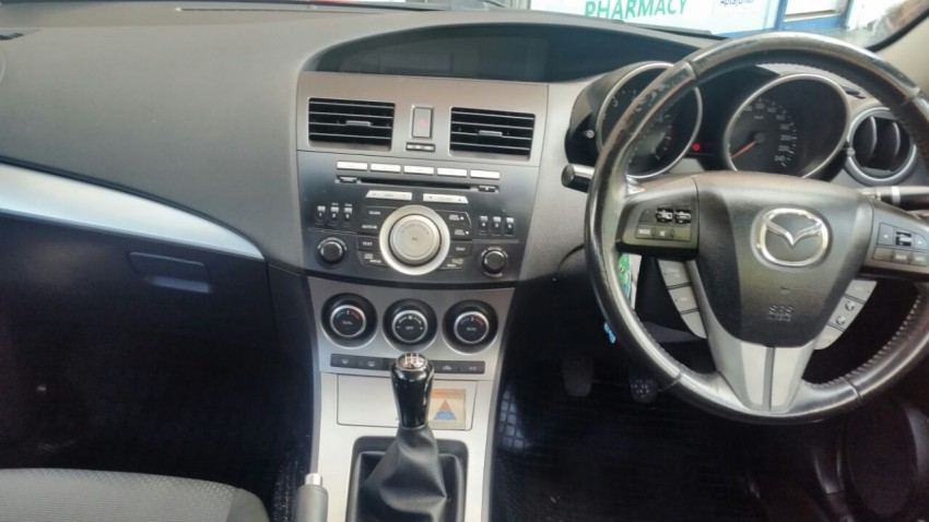 Mazda 3 for sale - Family Cars at AsterVender