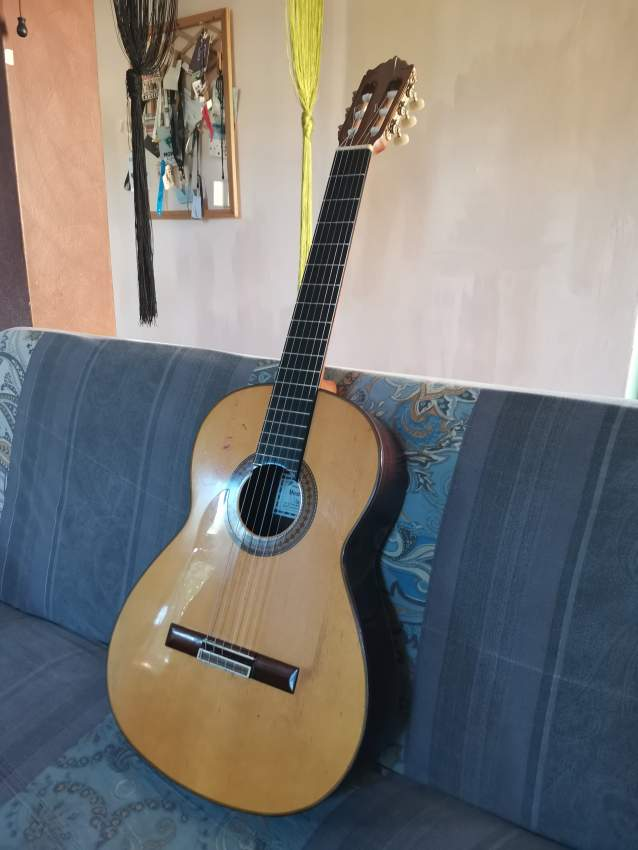 Paco de Lucia Flamenco Negra Guitar Collection