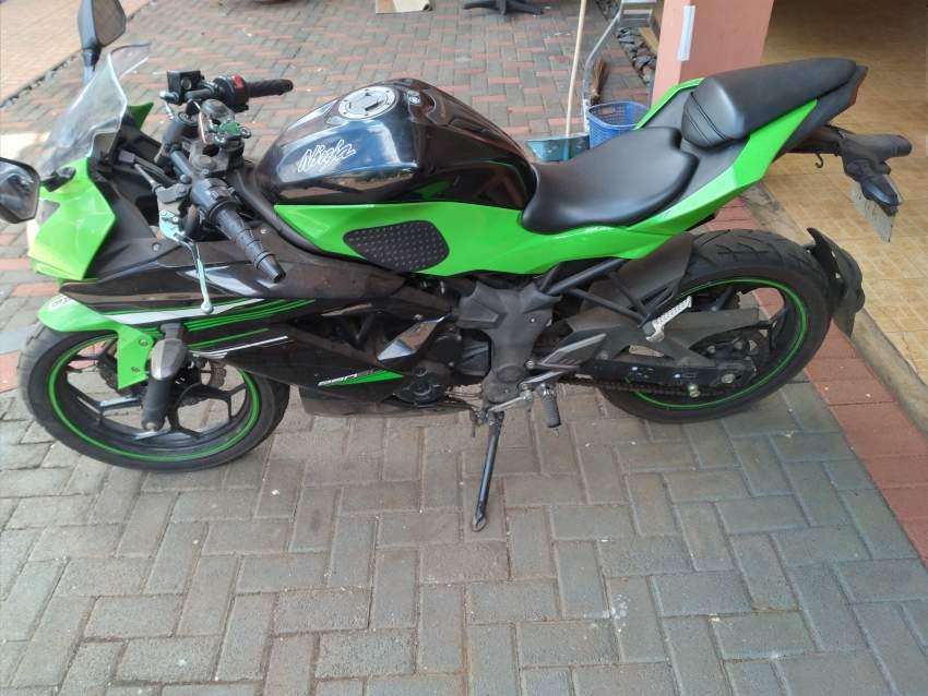 motorcycle kawasaki Ninja