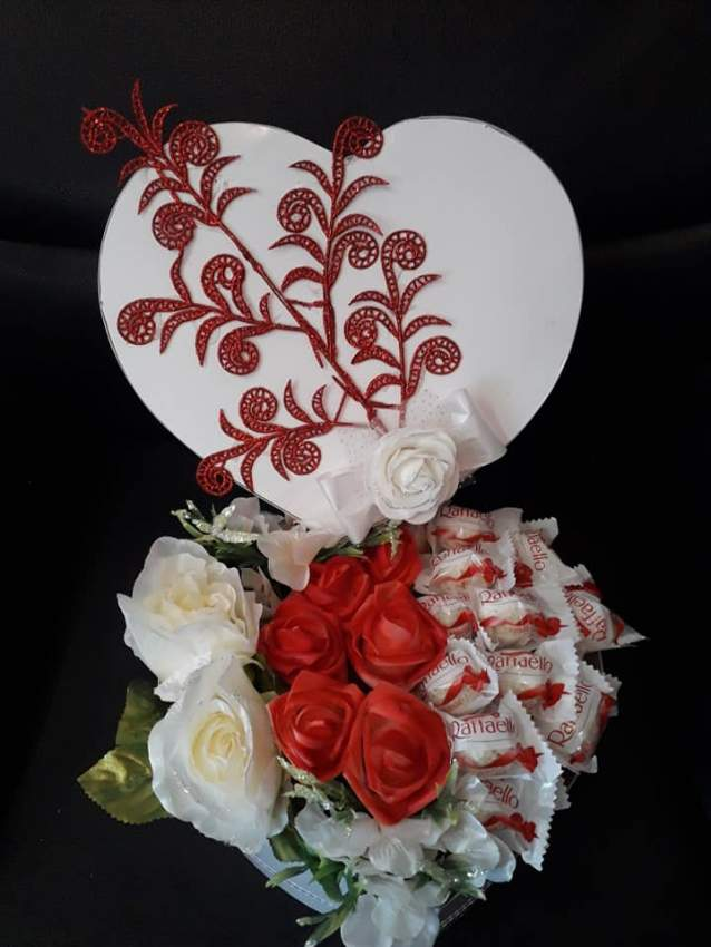 Raphaelo in heart shape carton box  - Wedding Gift at AsterVender