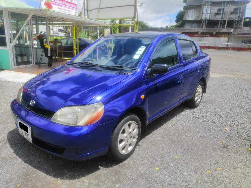 Toyota Platz Year 00 - Compact cars at AsterVender