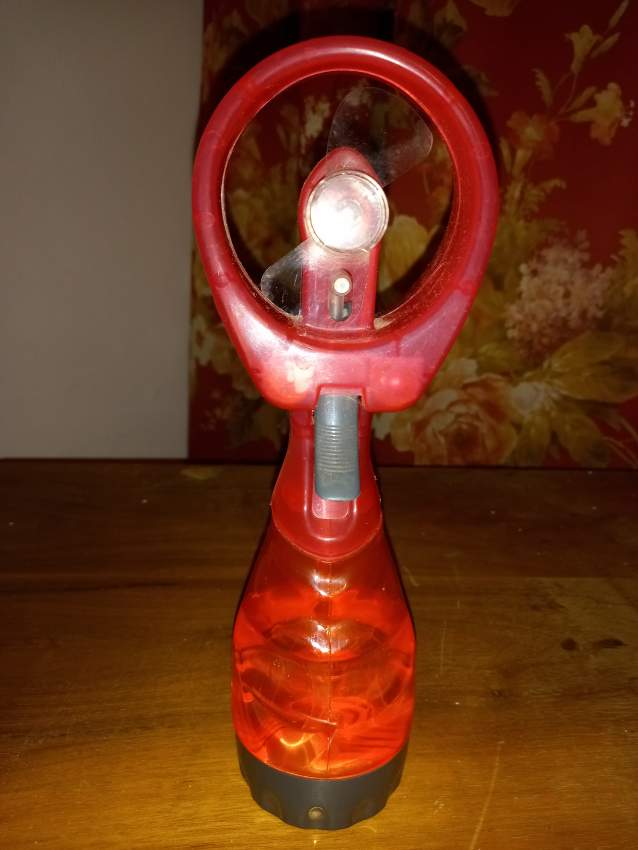 portable ventilator/water sprayer