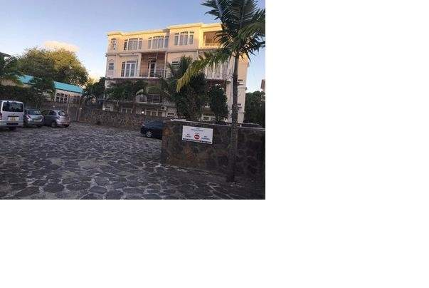 A FULLY FURNISHED STUDIO ON RENT IN GRAND BAIE- RS 10,000/M