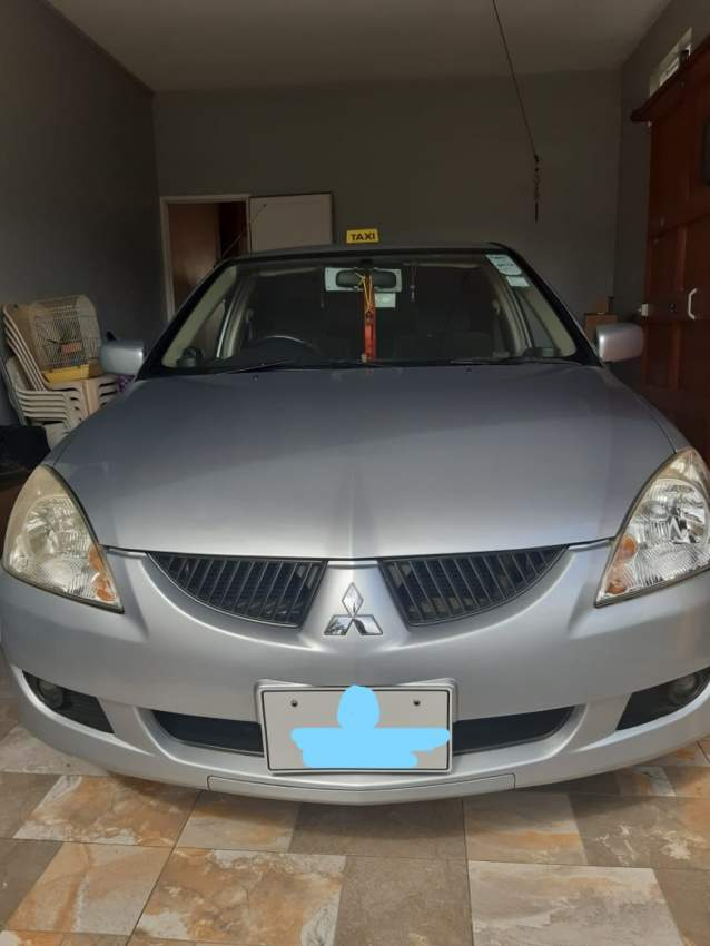 Mitsubishi-Lancer-2005