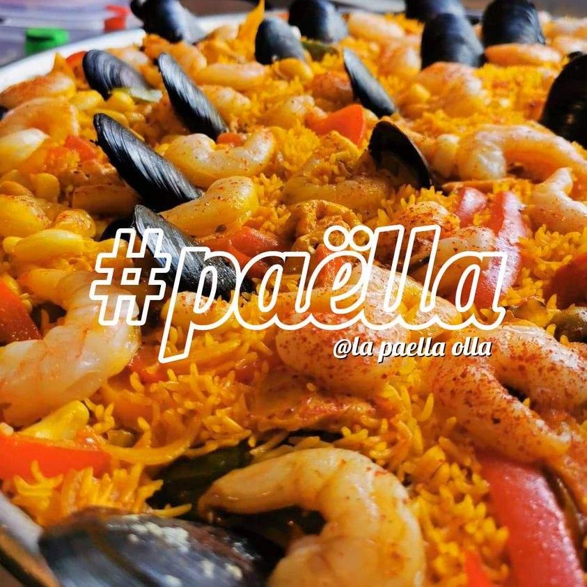 Paella Seafood + Gambas - Minimum 12 persons !!! Rs 250 pax .