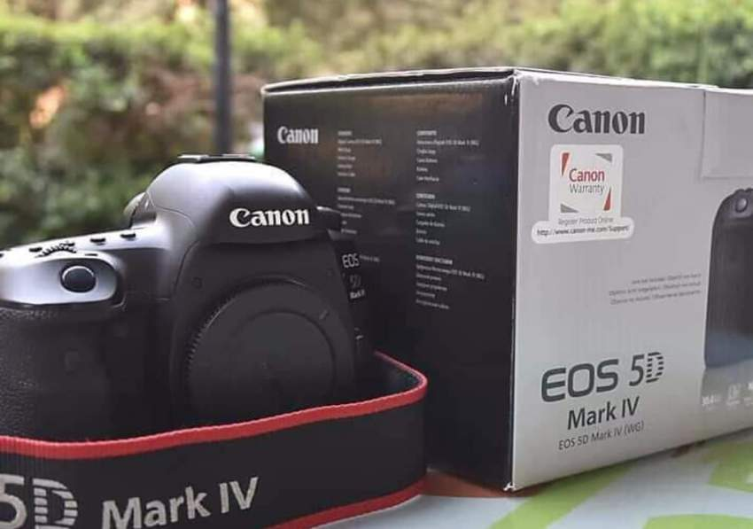 Canon EOS-5D Mark IV DSLR Camera Kit with Canon EF 24-70mm F4L IS USM