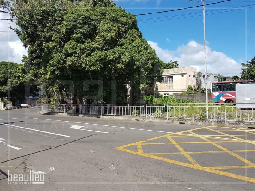 Commercial land of 16.5 Perches in Bon Accueil