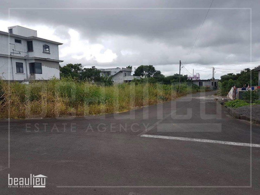 7 Perches Residential land in Nouvelle France