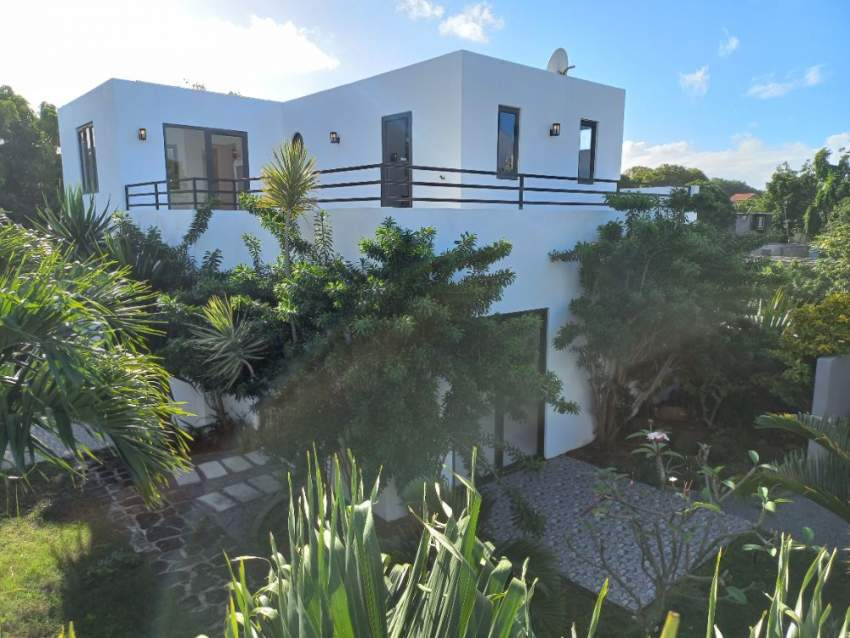 HOUSE FOR SALE  at GRAND GAUBE MELVILLE