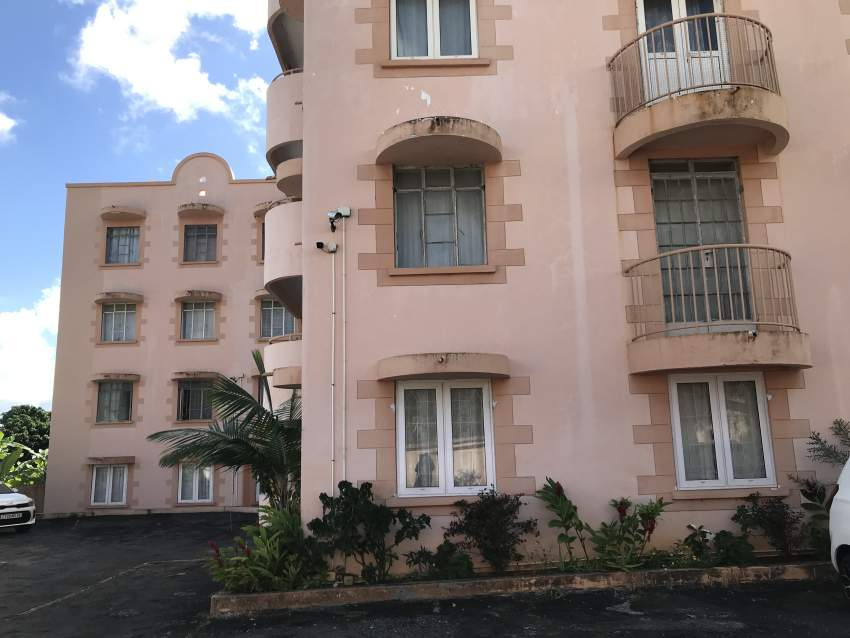 2 bedroom Apartment for sale - Beau Bassin