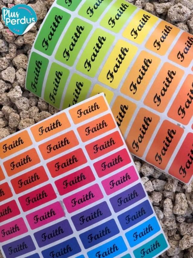 Étiquettes autocollantes personnalisables lavables