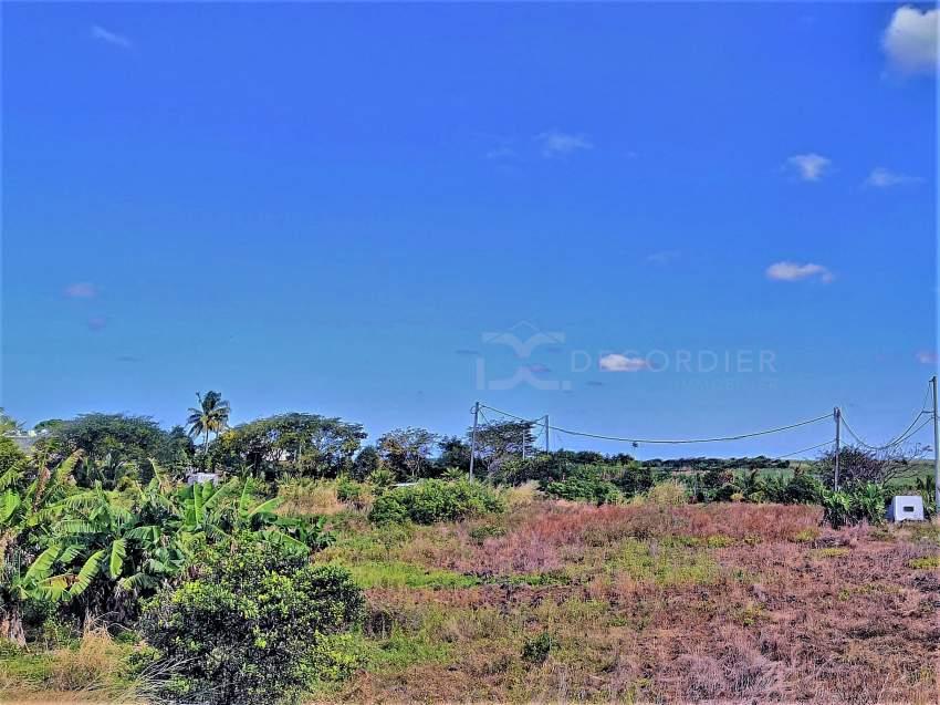 (Ref. MA7-477) Grand terrain résidentiel proche de la plage publique