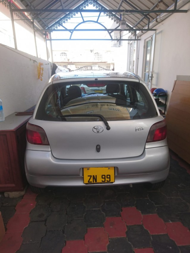 For sale Toyota Vitz (yr 99) Manual Excellent condition - Family Cars at AsterVender