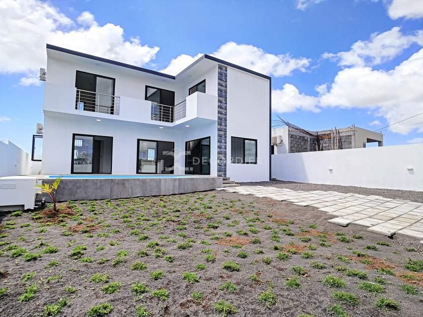(Ref. MA7-571) Maison contemporaine avec jardin