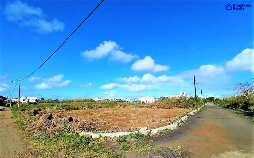 Residential land calodyne 8 perches