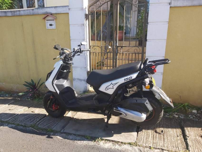 A vendre Scooter Urgent