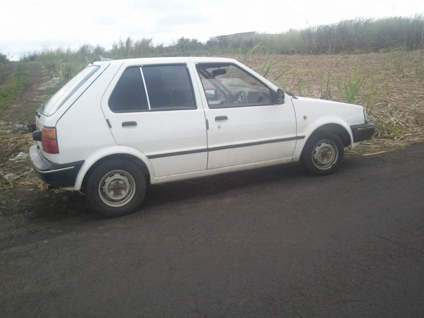 A VENDRE PIECES POU NISSAN MARCH K 10  CALL52578277