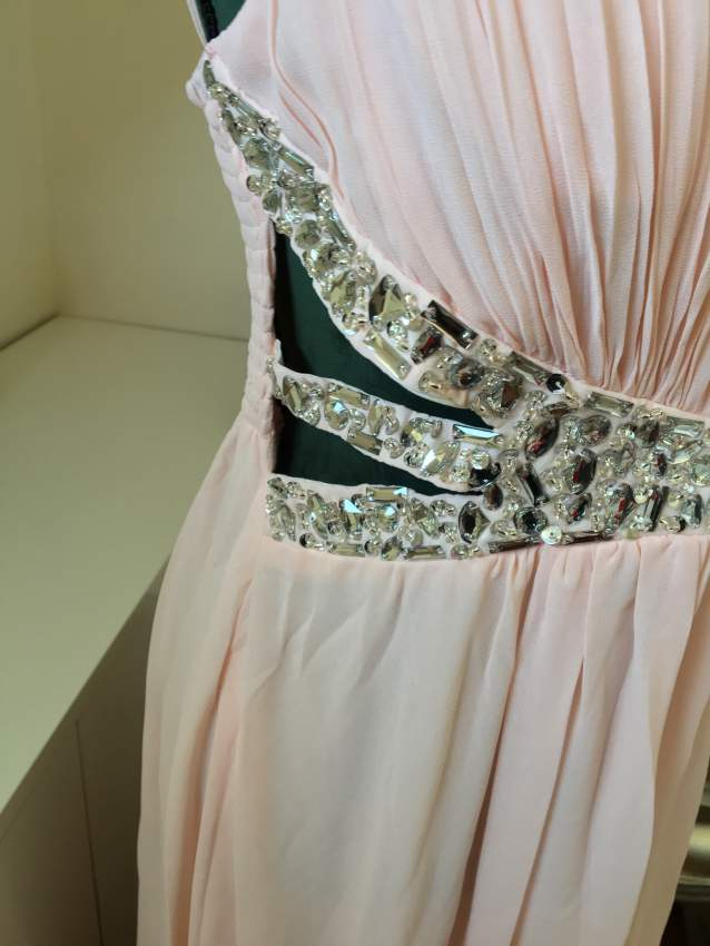 Evening dress / robe de soirée  - Dresses (Women) at AsterVender