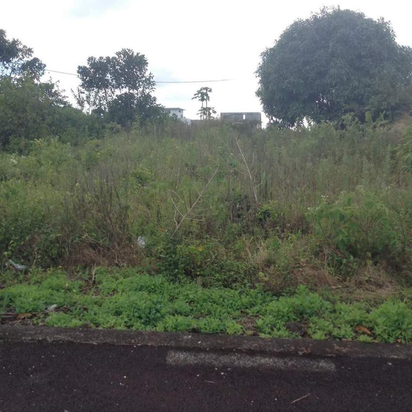 7 perches  residential land - Medine Camp de Masque  @ Rs 850,000. - Land at AsterVender