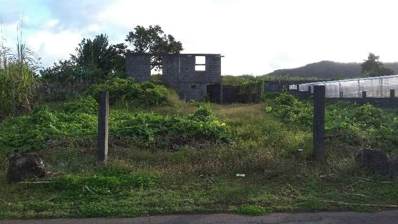 unfinished building at Royal Rd, Cluny, Rose Belle @ Rs 2,200,000 neg