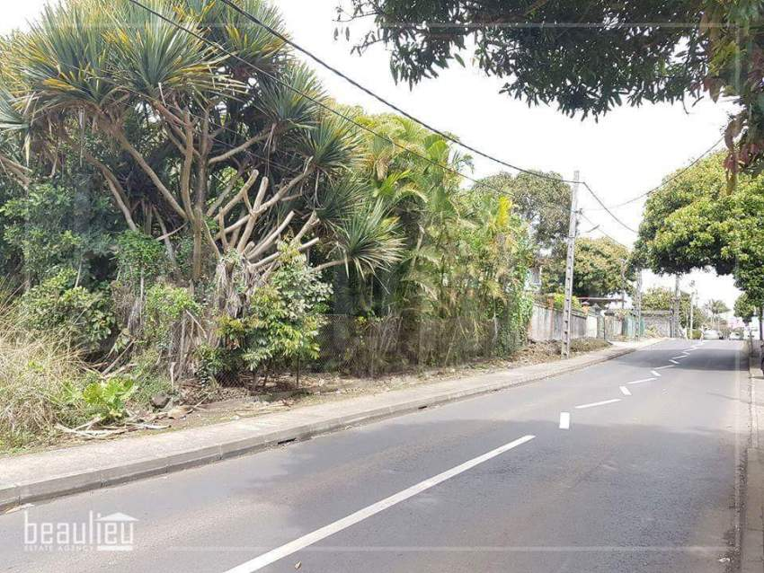 Residential land 50 Perches,  Vacoas