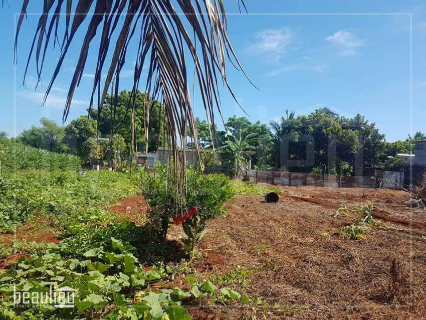 Residential land of 19 perches, Terre Rouge  - Land at AsterVender