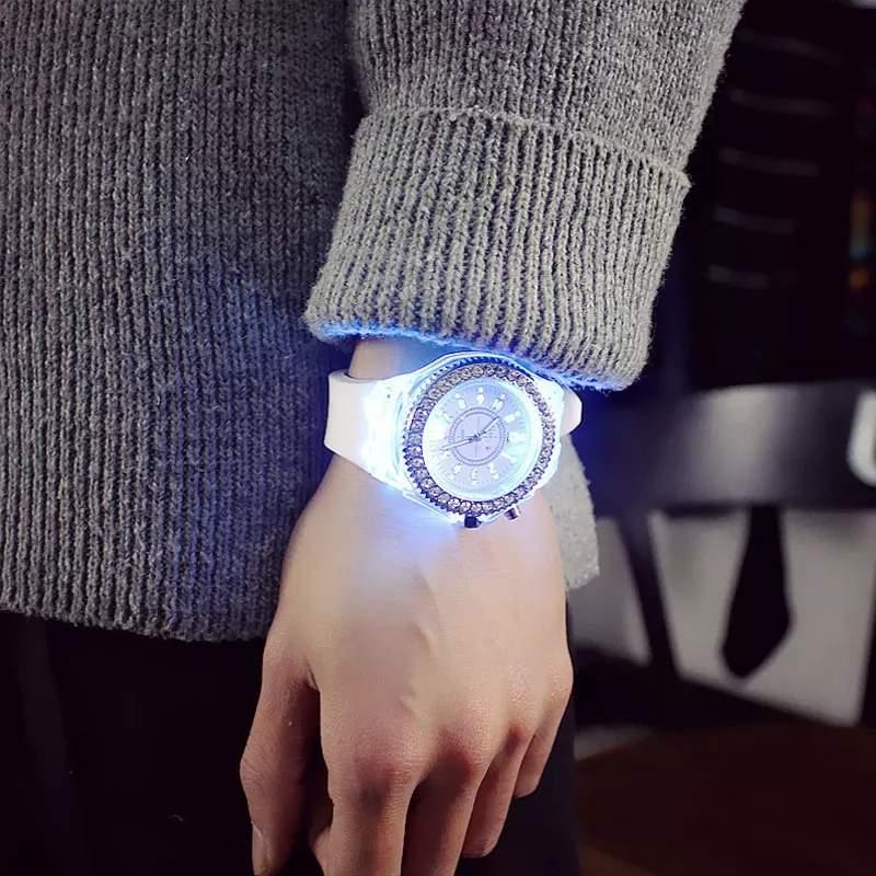 Led flash luminous watch