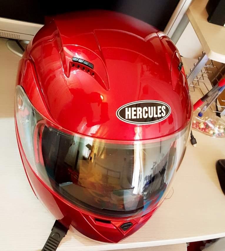 Helmet neuf à vendre