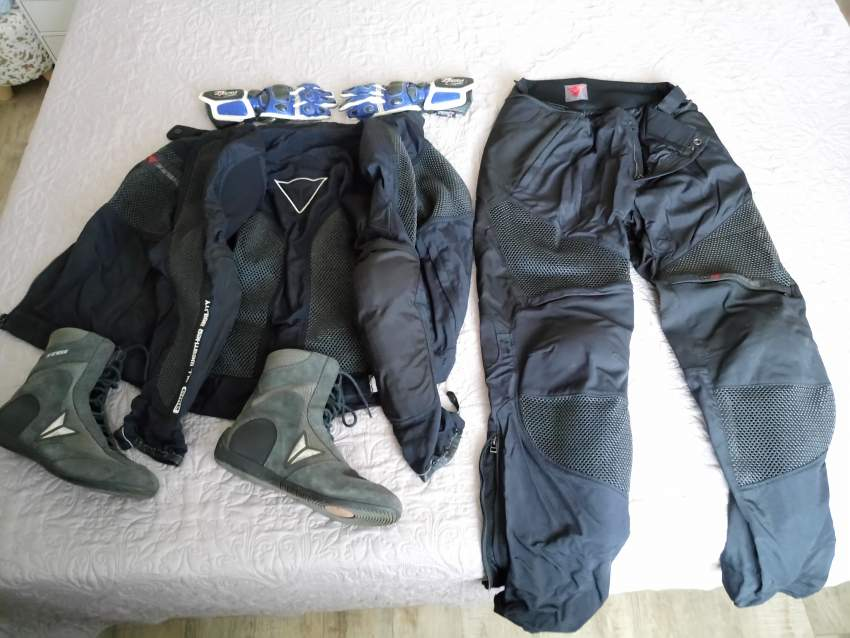 Motocycle suits