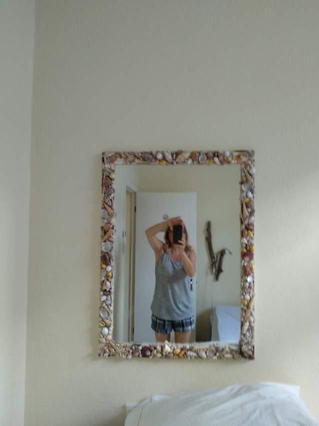 A vendre miroir encadrement coquillages