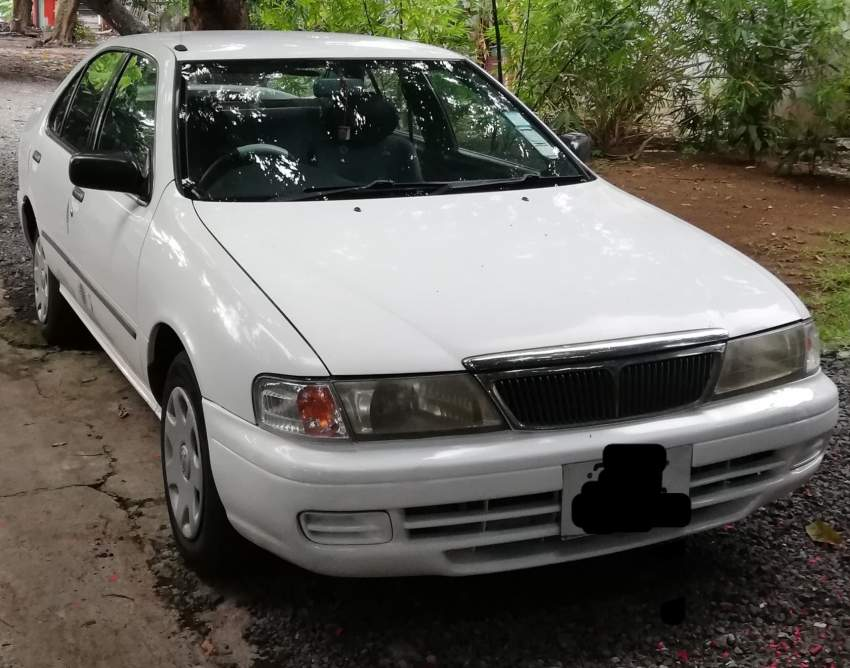 Nissan Sunny  - Family Cars at AsterVender