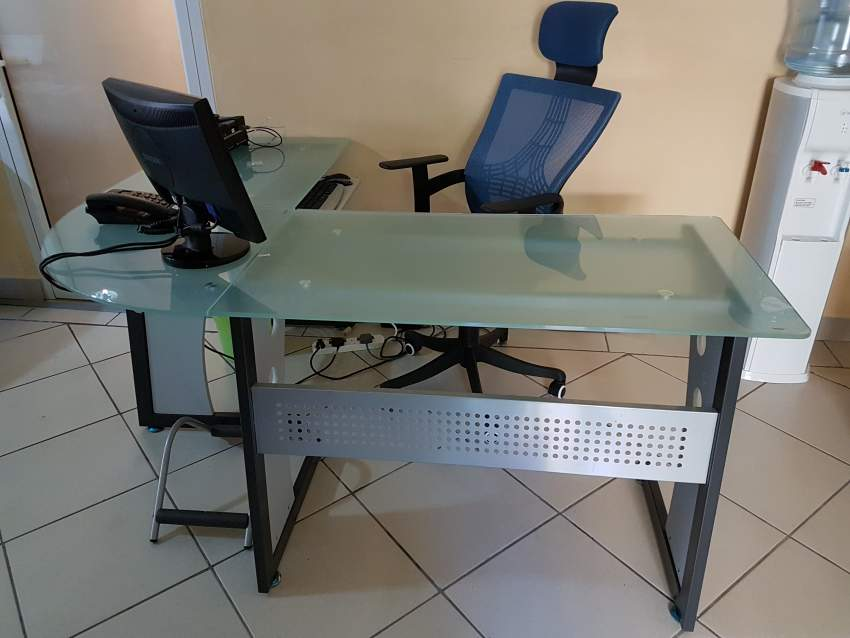 Tempered Glass Office table