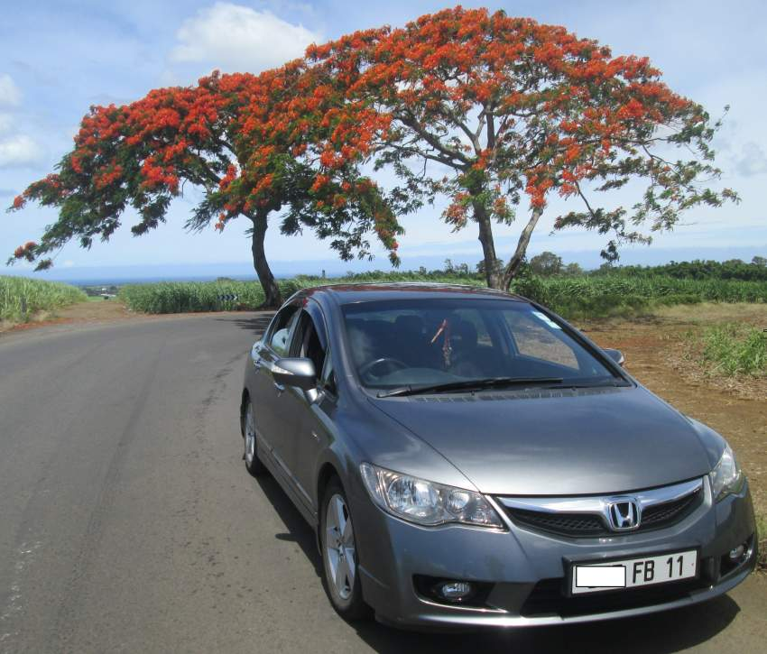 Honda - Civic 1.6 Sedan i-VTEC Executive