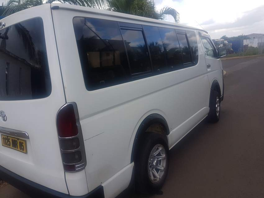Toyota Hiace - Passenger Van on Aster Vender