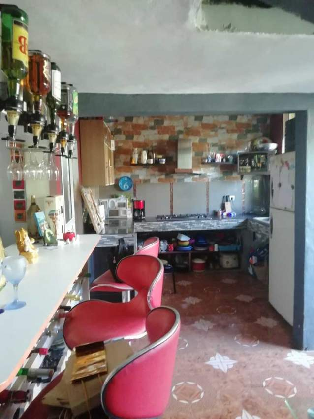 URGENT VEND 2 Maisons dont 1 à rénover - House on Aster Vender