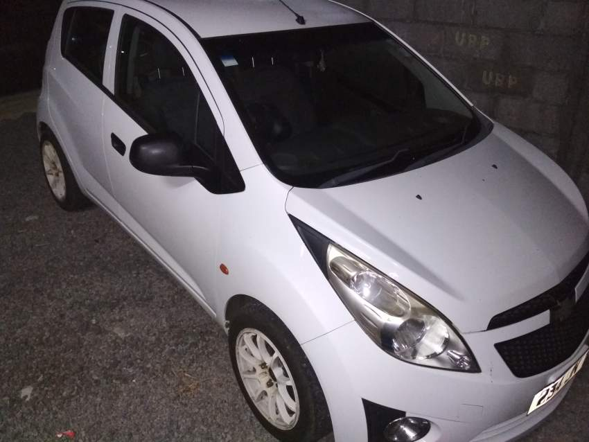 Chevrolet Spark LS Jan 2011 lady driven