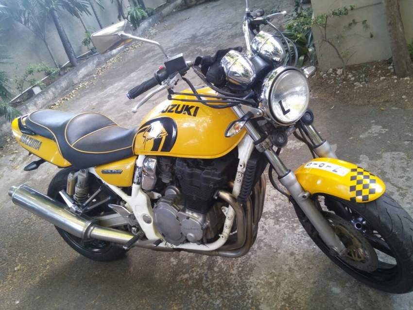 Suzuki Motorbike GSX 750cc for sale