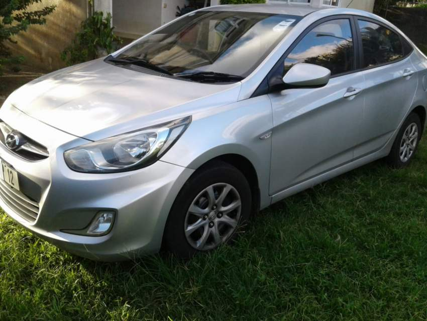 HYUNDAI ACCENT 1.4 L MANUAL