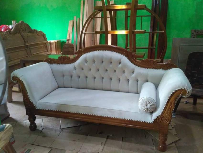 Sofa Louis Keong