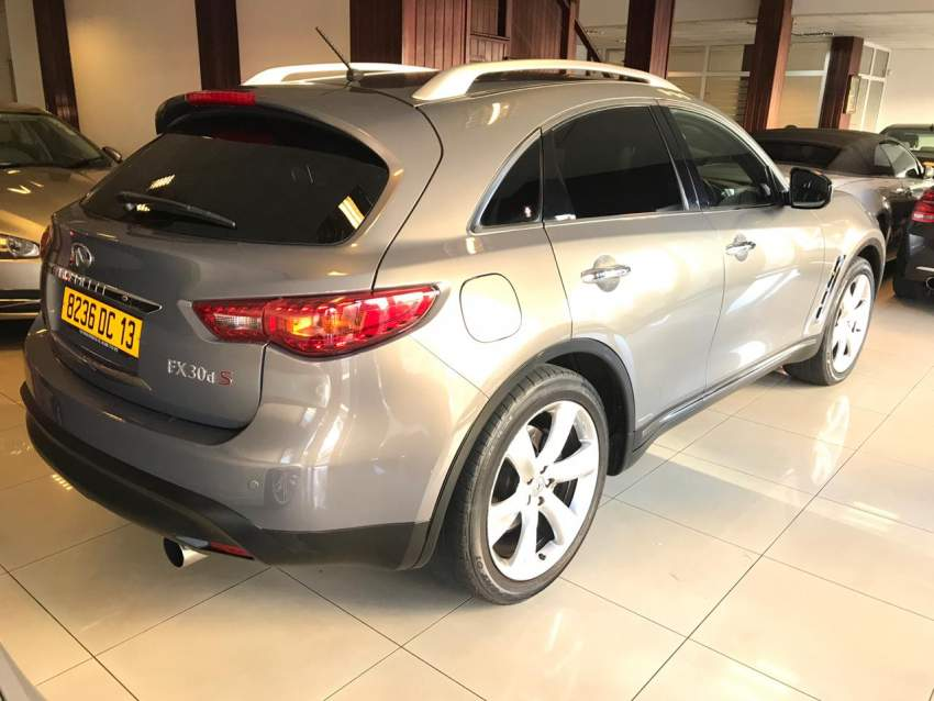 INFINITI FX30D FOR SALE  - SUV Cars at AsterVender
