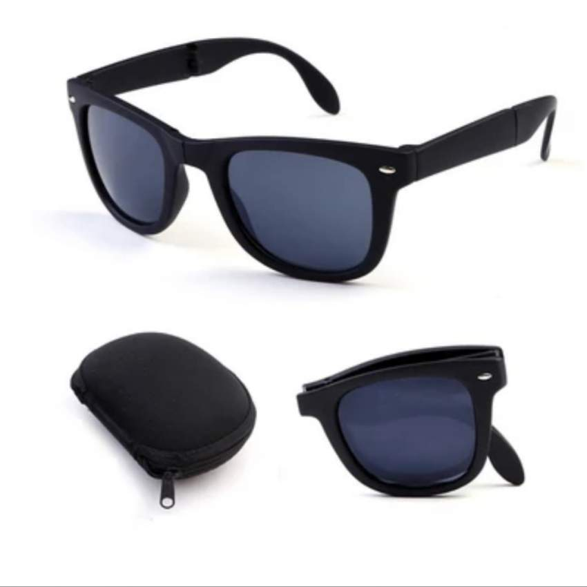 Foldable sunglasses with box