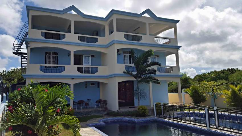 Duplexes for rent at Calodyne