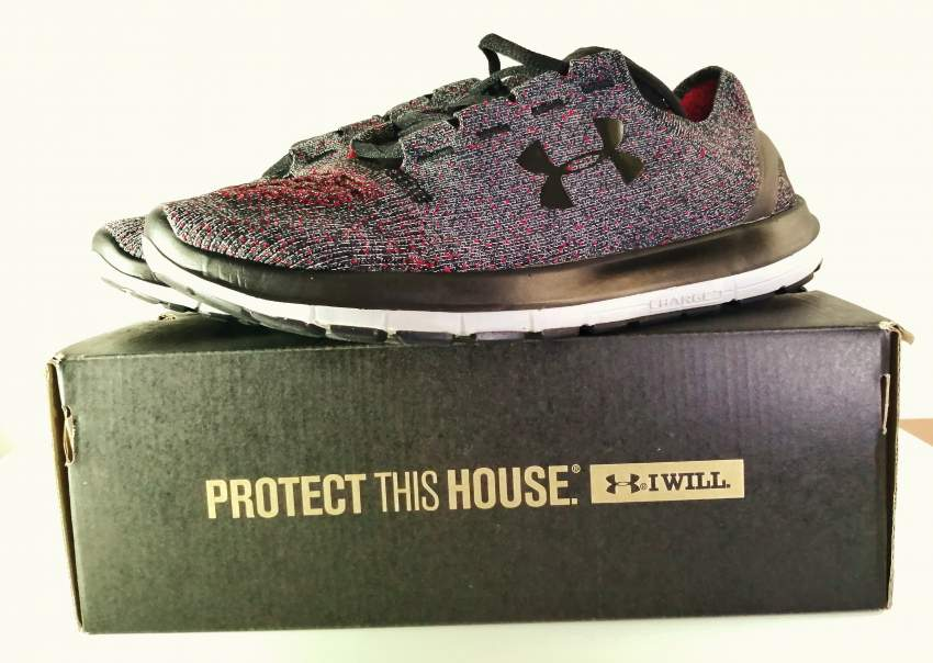 underarmour  - Sneakers at AsterVender