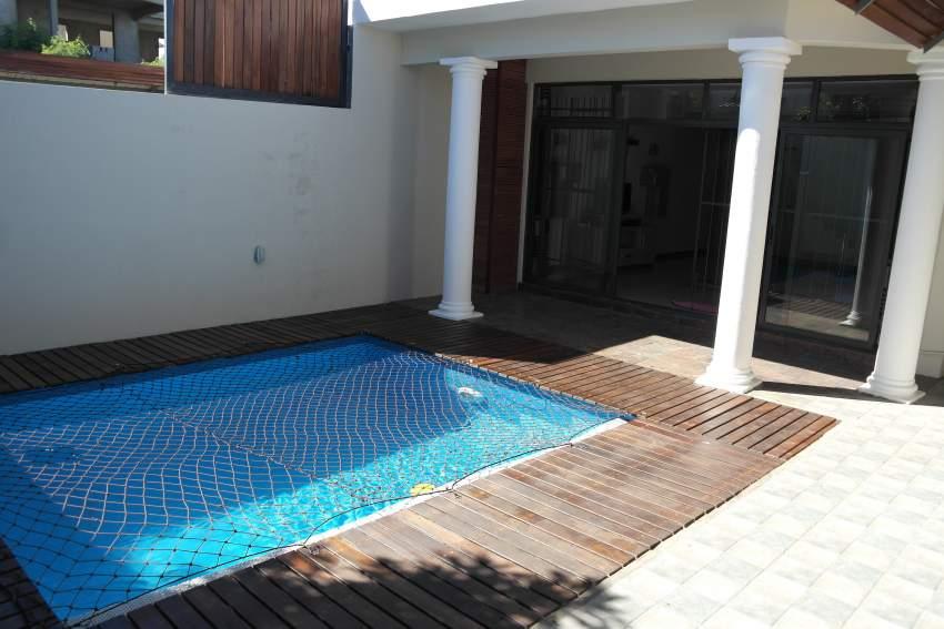 Maison équipée et meublée avec piscine située a Flic en Flac
