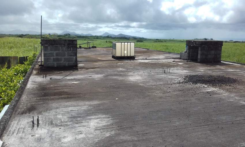 POULTRY PEN FOR SALE - Land at AsterVender