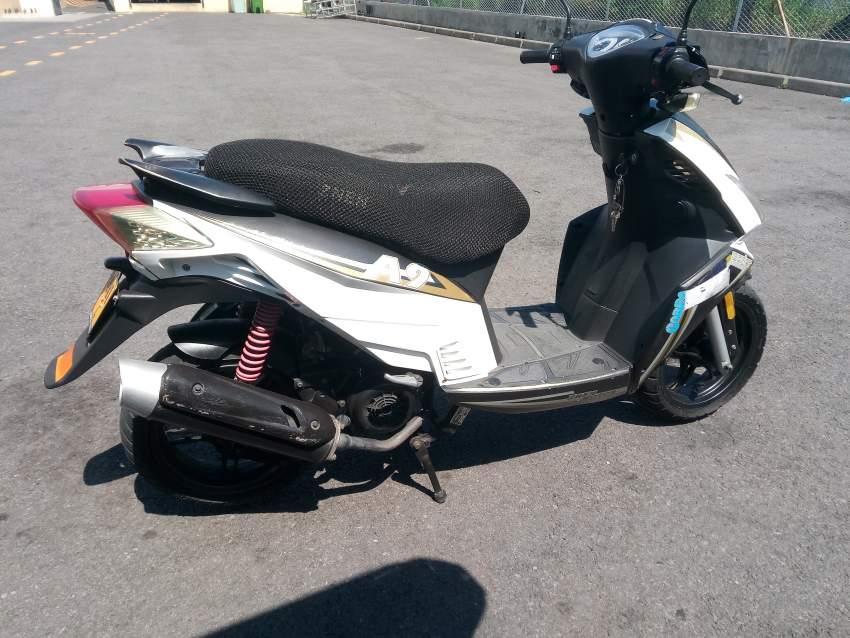scooter znen a vendre