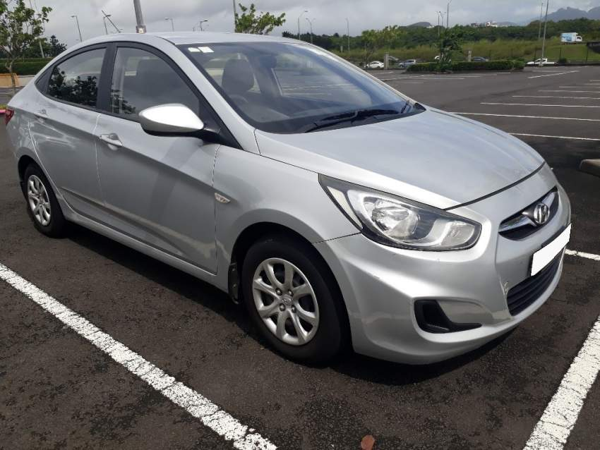 Hyundai Accent 2011 1.4L - Family Cars at AsterVender