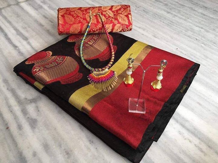 Saree with jewellery set - Dresses (Women) at AsterVender